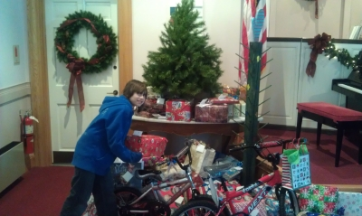 First Church in Ludlow Christmas gifts to local                 kids